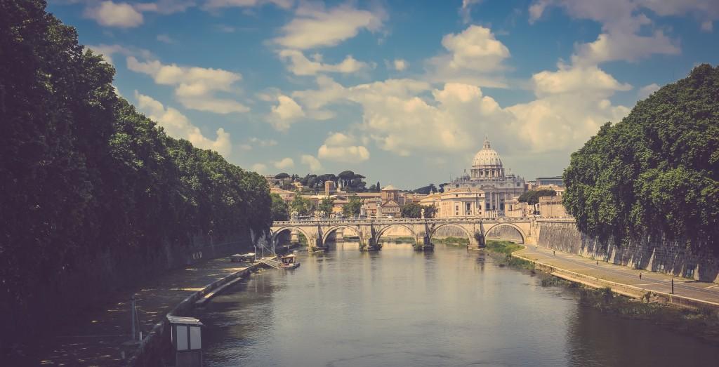 city-capital-italy-historical