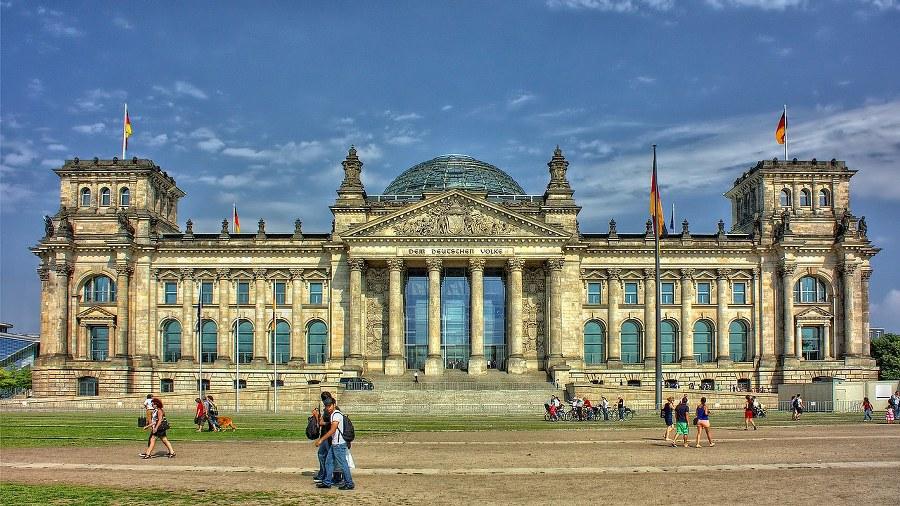 berlin-1_900x506